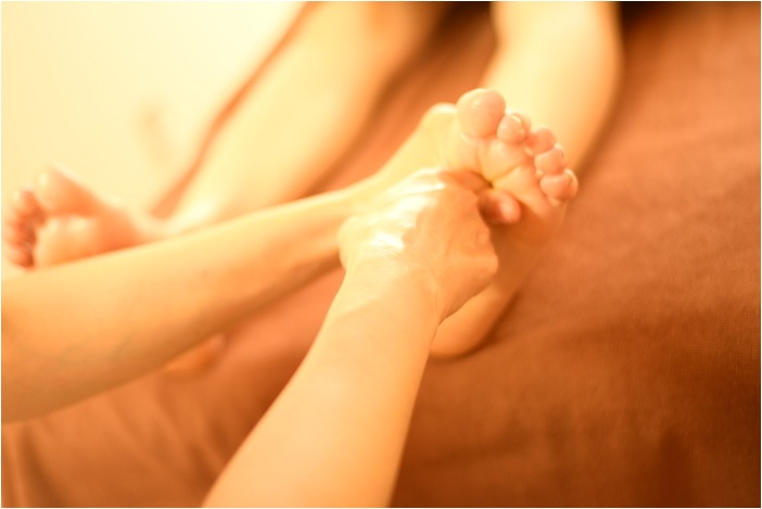 マッサージin渋谷☆【夏の体スッキリ&スキンケア♪】W美脚50分3300円☆